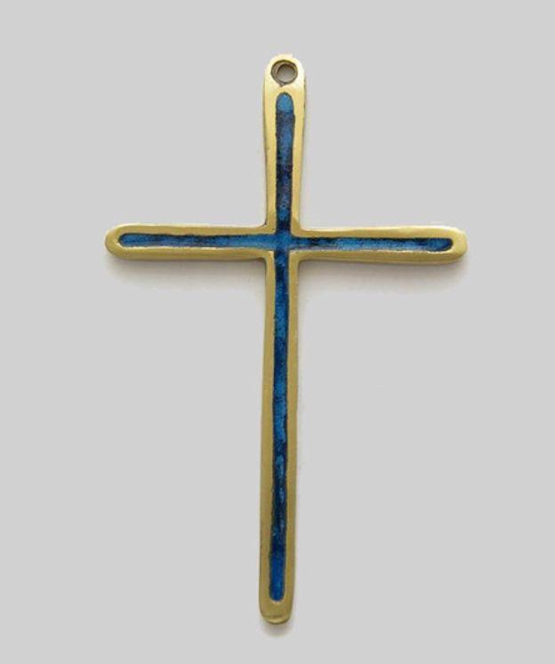 Fine croix en bronze émaillé coloris bleu